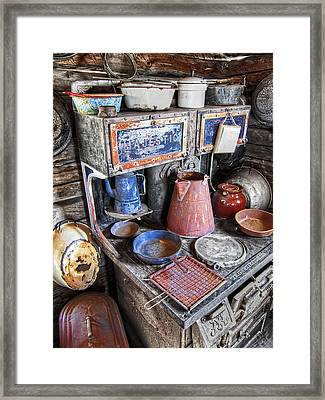 Molson Ghost Town Stove - Washington Framed Print by Daniel Hagerman