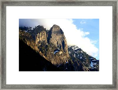 Mountains Of Yosemite . 7d6167 Framed Print by Wingsdomain Art and Photography