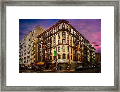 Mulberry And Broome Framed Print by Chris Lord