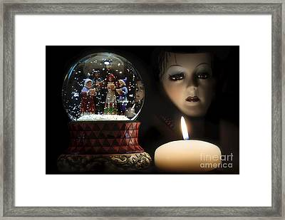 Muted Carol And Soul Framed Print by Rosa Cobos