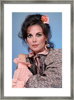 Natalie Wood In The 1970s Framed Print by Everett