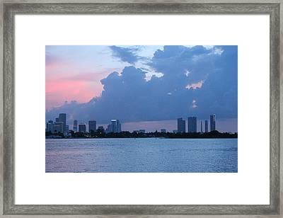 Ocaso Tropical Framed Print by Lorenzo Muriedas