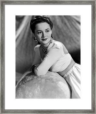 Olivia De Havilland, 1941 Framed Print by Everett