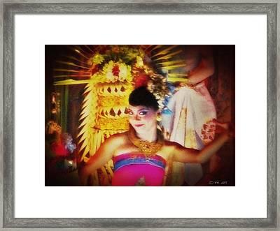 Oriental Dancing Girl  Framed Print by Yvon van der Wijk