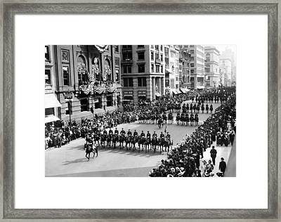 Over 6,000 People Marching Down Fifth Framed Print by Everett