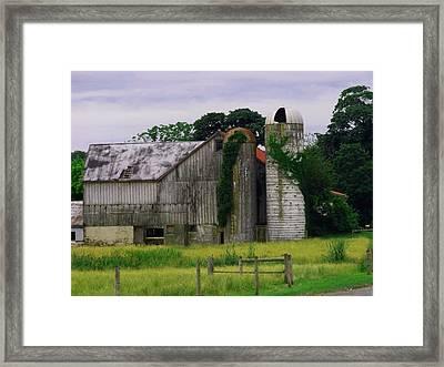 Pa Barn Framed Print by Dottie Gillespie