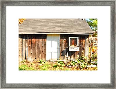 Peace Ranch Framed Print by Puzzles Shum