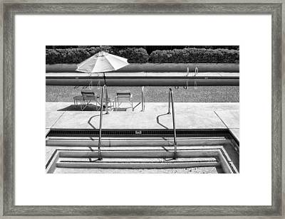 Peaceful Oasis Bw Palm Springs Framed Print by William Dey
