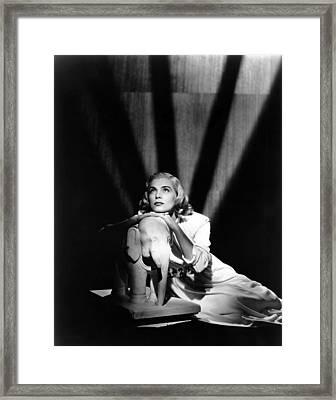 Pitfall, Lizabeth Scott, 1948 Framed Print by Everett