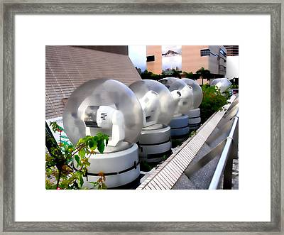 Hong Kong Framed Print featuring the photograph Point Of View by Roberto Alamino