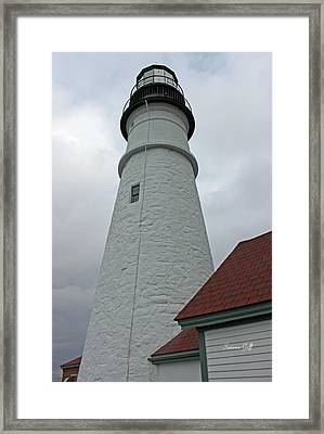 Portland Lighthouse Framed Print by Suzanne Gaff