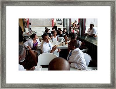 President And Michelle Obama Framed Print by Everett