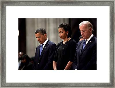 President Barack Obama First Lady Framed Print by Everett