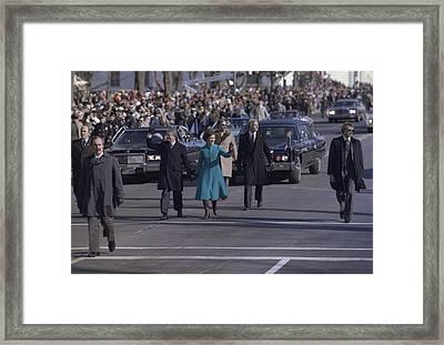 President Jimmy Carter And Rosalynn Framed Print by Everett