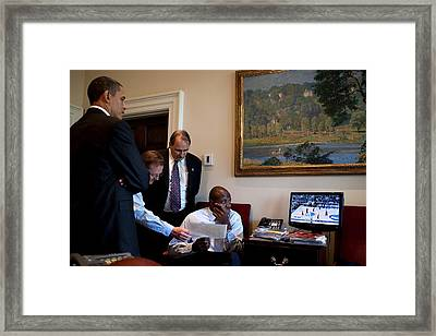 President Obama Press Secretary Robert Framed Print by Everett