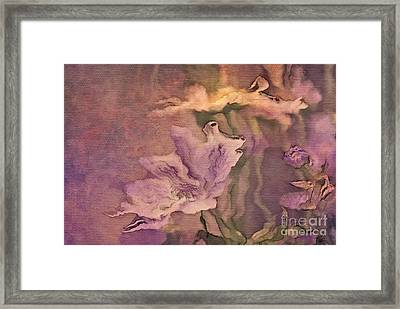 Pretty Bouquet - A04t4b Framed Print by Variance Collections