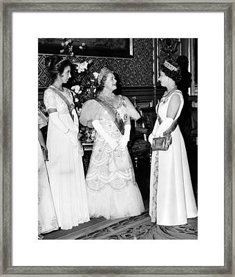 Princess Anne, Queen Elizabeth Framed Print by Everett