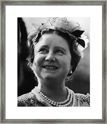 Queen Elizabeth 1900-2002, The Queen Framed Print by Everett