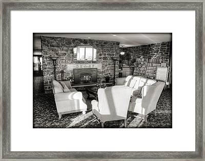 Queen Wilhelmina Lodge Framed Print by Ricky Barnard