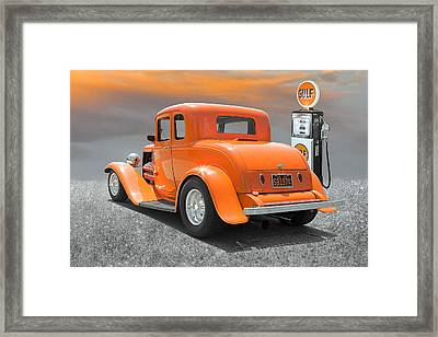 Ready To Cruise Framed Print by Stephen Warren