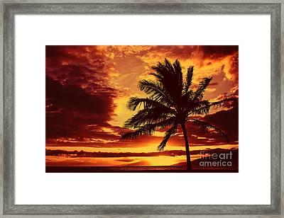 Red Hawaiian Sunset Framed Print by Teresa Zieba