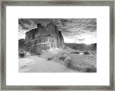 Red Rock Canyon State Park Framed Print by David Kiene