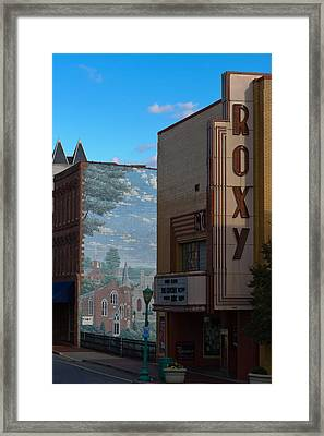 Roxy Theater And Mural Framed Print by Ed Gleichman