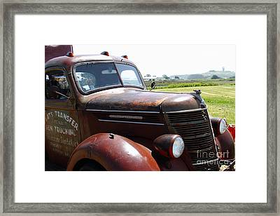 Rusty Old 1935 International Truck . 7d15509 Framed Print by Wingsdomain Art and Photography