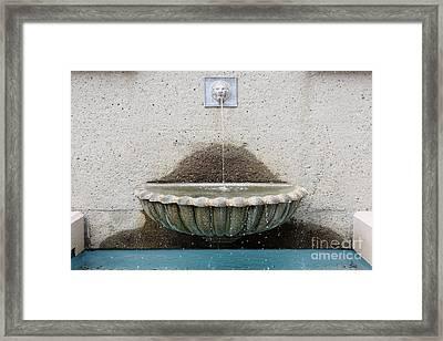 San Francisco Crocker Galleria Roof Garden Fountain - 5d17894 Framed Print by Wingsdomain Art and Photography