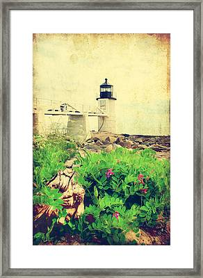 Sea Side Framed Print by Darren Fisher