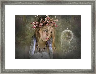 Seeing Fairies Framed Print by Ethiriel  Photography