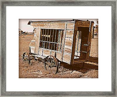 Shaniko Paddy Wagon Framed Print by Cindy Wright