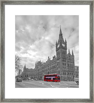 St Pancras Station Bw Framed Print by David French