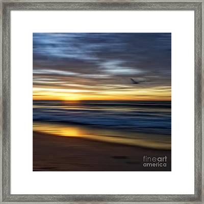 Sunrise Over The Ocean Framed Print by Diane Metz