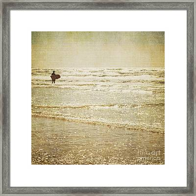 Surf The Sea And Sparkle Framed Print by Lyn Randle