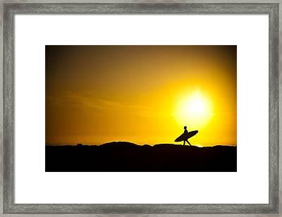 Surfer's Dawn Framed Print by Zarija Pavikevik