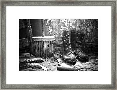 Sweeping Men  Framed Print by JC Photography and Art