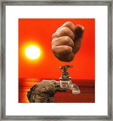 Tap Out Framed Print by Eric Kempson