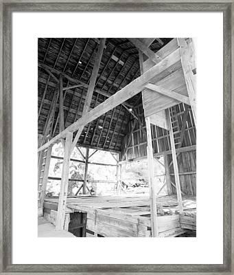 Tessman Barn Waukesha Framed Print by Jan W Faul
