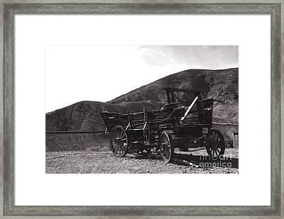 The Good Old Days Framed Print by Susanne Van Hulst