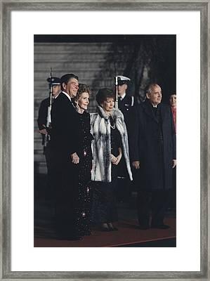 The Reagans Greet The Gorbachevs Framed Print by Everett