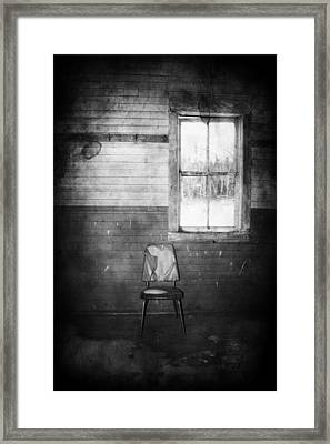 The Wallflowers Seat  Framed Print by JC Photography and Art