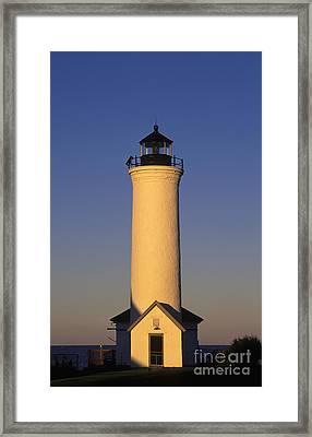 Tibbetts Point Lighthouse - Fm000021 Framed Print by Daniel Dempster