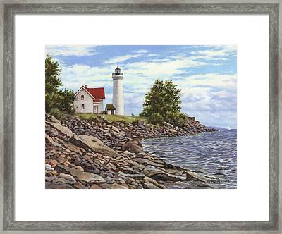 Tibbetts Point Lighthouse Framed Print by Richard De Wolfe