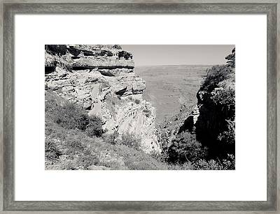Top Of The South Kaibab Trail Bw Framed Print by Julie Niemela