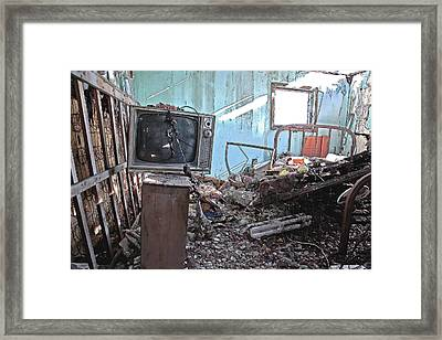 Tv On Stand Framed Print by James Steele