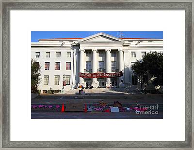 Uc Berkeley . Sproul Hall . Sproul Plaza . Occupy Uc Berkeley . 7d10017 Framed Print by Wingsdomain Art and Photography