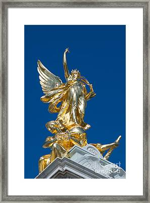 Victoria Memorial London Framed Print by Andrew  Michael