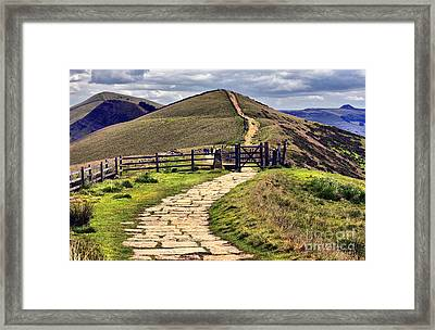View To Win Hill Framed Print by Darren Burroughs
