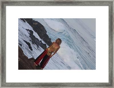 Winter Swell Hookipa 2010 Framed Print by Giorgia Piekarski